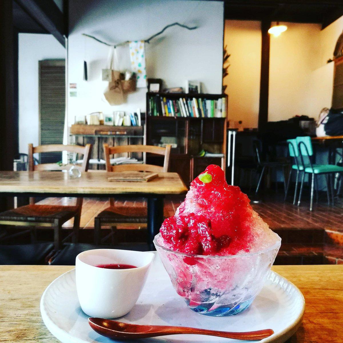 カフェ亀時間 手作りシロップのかき氷