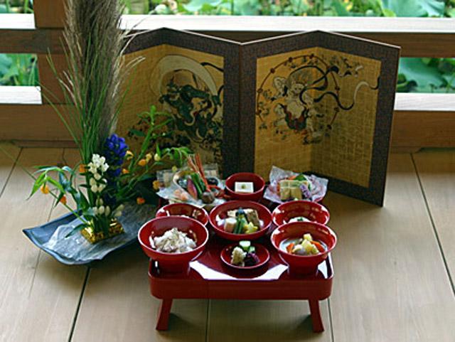 2016年6月19日(日)お寺ヨガ@光明寺開山堂+精進料理 参加者募集!